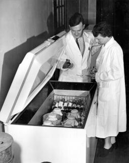 Courtesy Sanofi Pasteur Limited (Connaught Campus) Archives, Toronto, Canada.